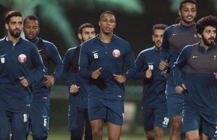 منتخب قطر.. فريق اللغات الخمس
