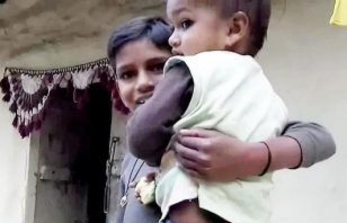 الهند.. ذيل طويل يجعل صاحبه معبودا!