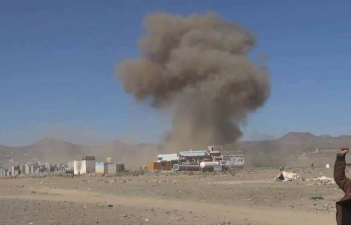بالصور.. غارات تستهدف حوثيين قبل توجههم للقتال