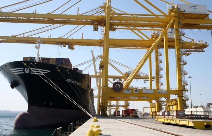 ارتفاع فائض الميزان التجاري لقطر 33% في نوفمبر