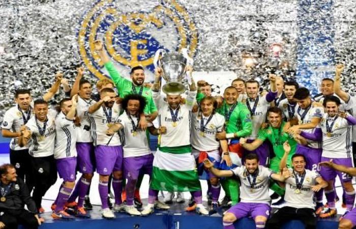 ريال مدريد يتفوق على برشلونة في تصنيف الأندية