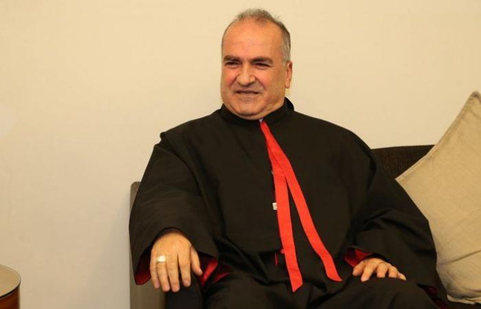 رحمة يكرر مطالبة اللجنة الاسقفية بتقسيط الدرجات الست.. والاهالي ينتظرون مبادرة عون