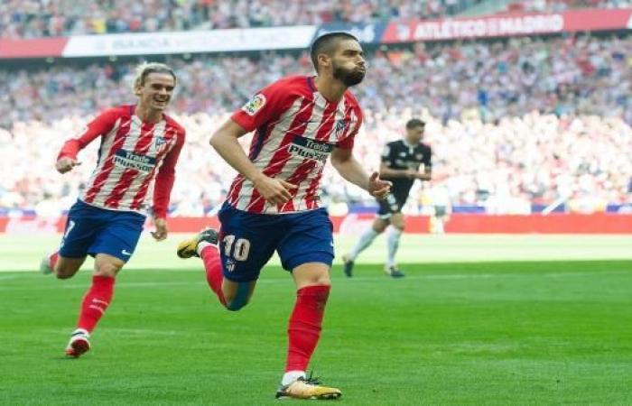 كاراسكو يرحل عن أتلتيكو مدريد وهذا الفريق الأقرب لضمه