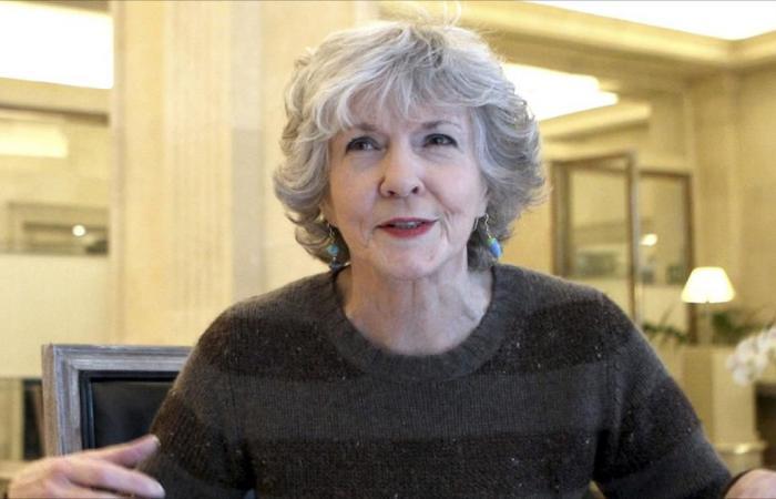 وفاة مؤلفة روايات الجريمة الأميركية سو غرافتون