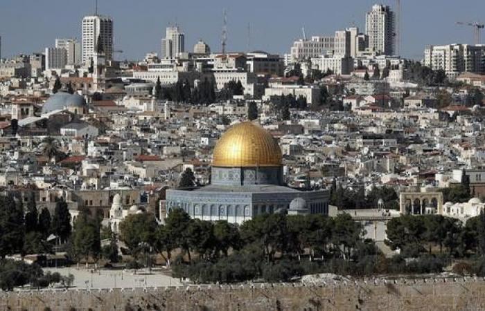 فلسطين تستدعي ممثلها في واشنطن