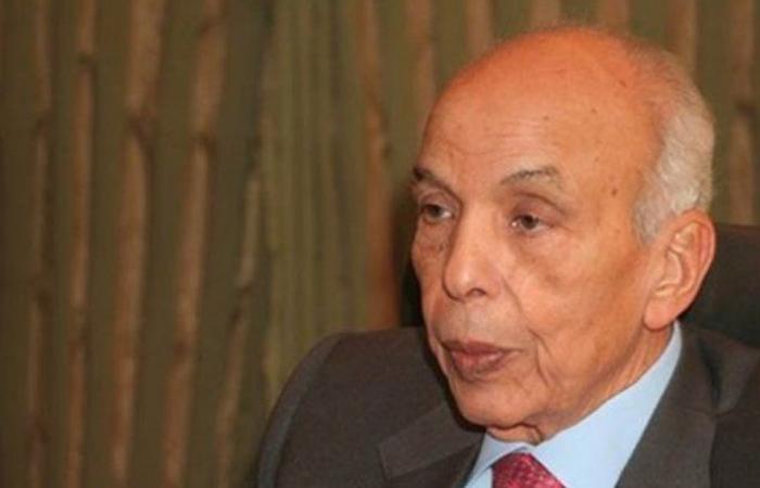 نقابة الصحافة نعت إبراهيم نافع: بفقدانه خسرنا صحافيًا لامعًا وكاتبًا مرموقًا