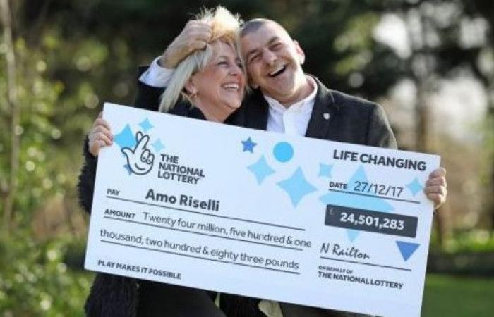 شاهد.. فرحة سائق أجرة بريطاني فاز بـ 32.5 مليون دولار
