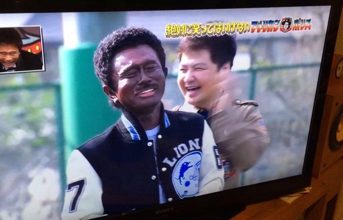 اتهامات بالعنصرية للتلفزيون الياباني بسبب مشهد كوميدي