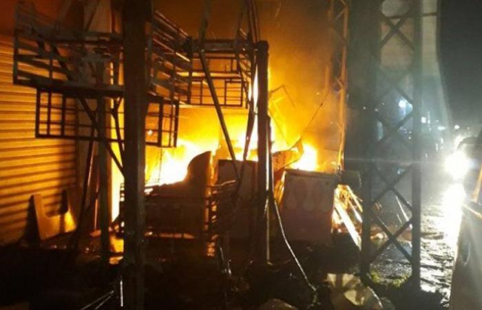 إخماد حريق في حي الزهور في صيدا شبّ ليلاً