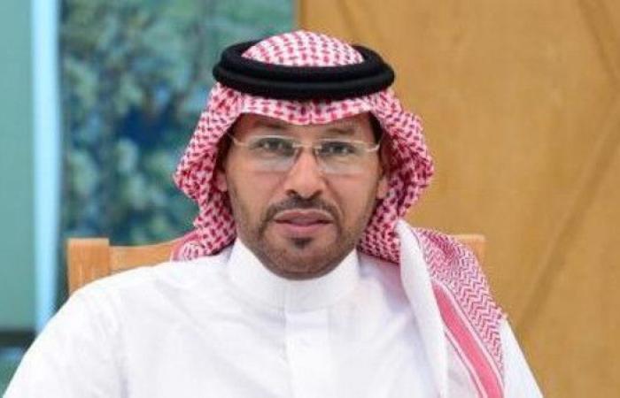 خالد الزيد مديرا رياضيا في الشباب