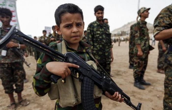 حكومة اليمن تحذر من فرض الحوثيين التجنيد الإجباري