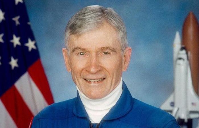 وفاة صاحب أطول إقامة في الفضاء عن 87 عاماً