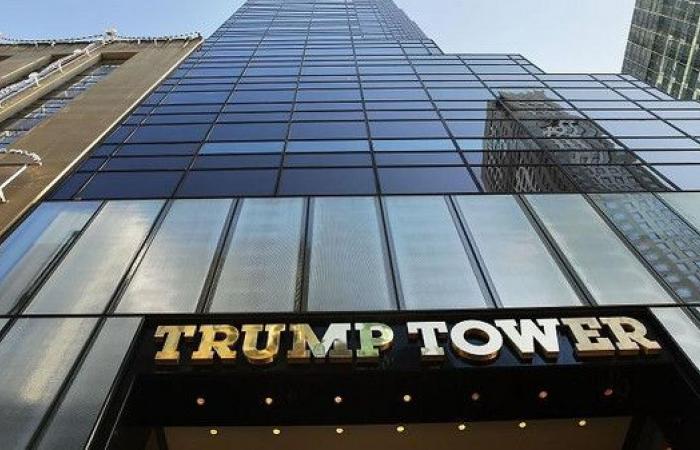 نيويورك.. حريق ينشب في برج ترمب بوسط مانهاتن