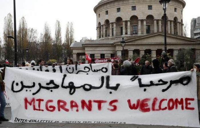 """ارتفاع """"تاريخي"""" لطلبات اللجوء في فرنسا"""