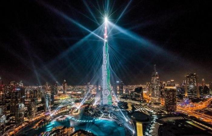 عروض ليزر برج خليفة مستمرة حتى مارس.. وهذه أوقاتها