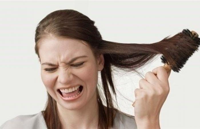 متى يتوقف تساقط الشعر بعد الولادة؟