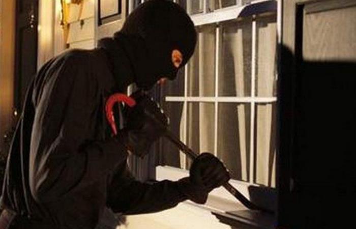 بالصورة: سرقة مؤنة الزيت في بلد الحميرة