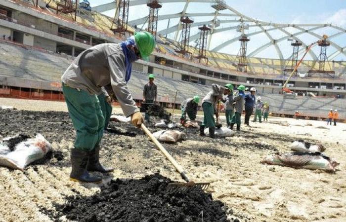 بالصور.. توقف أعمال البناء في ملاعب كأس العالم 2022