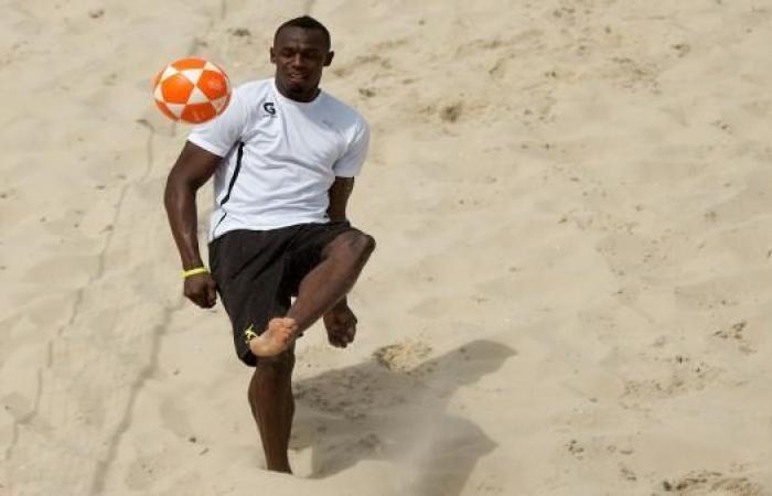 بولت وتجربة في كرة القدم مع دورتموند..وحلمه قميص يونايتد
