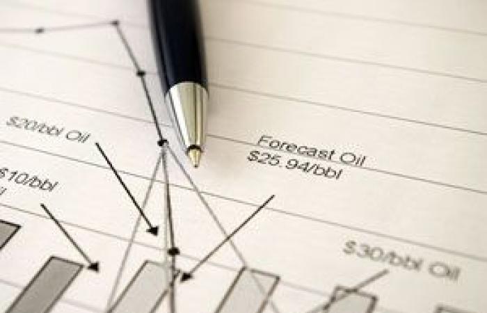 النفط الخام يسجل أعلى مستوي منذ 2014 قبيل التقرير الأسبوعي لوكالة الطاقة الأمريكية