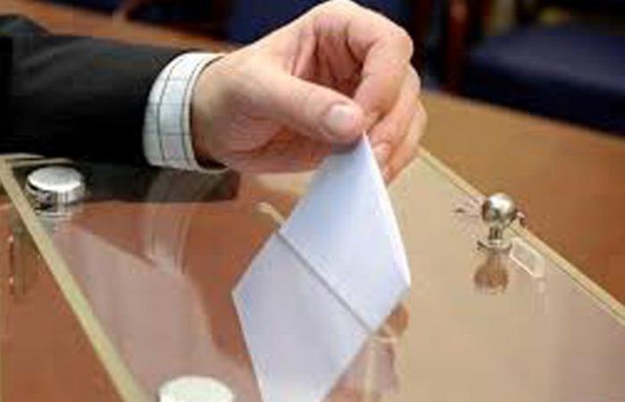 كيف تتم العملية الإنتخابية وفق القانون النسبي؟