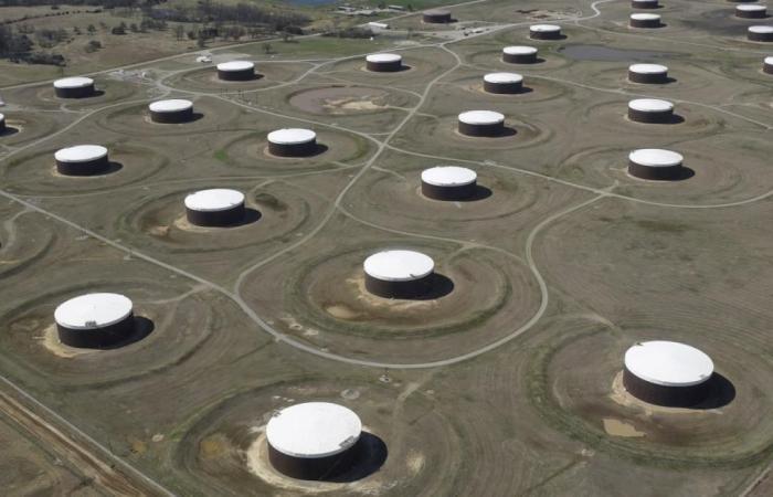 أسعار النفط عند أعلى مستوى منذ 2014