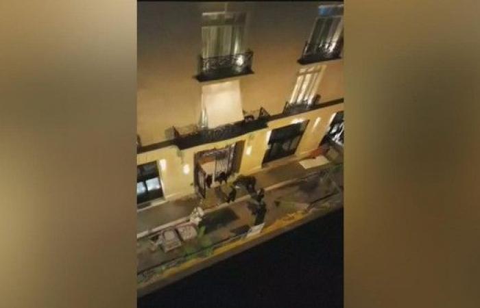 شاهد..سطو مسلح على فندق بباريس وسرقة بالملايين