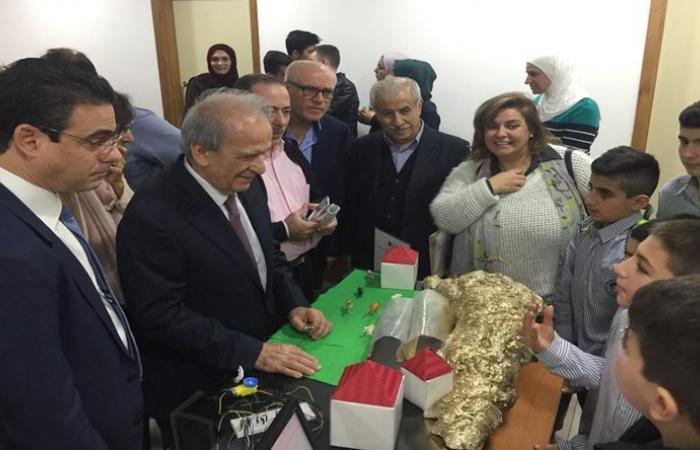 حماده اطلع على معرض أشغال التكنولوجيا الرقمية