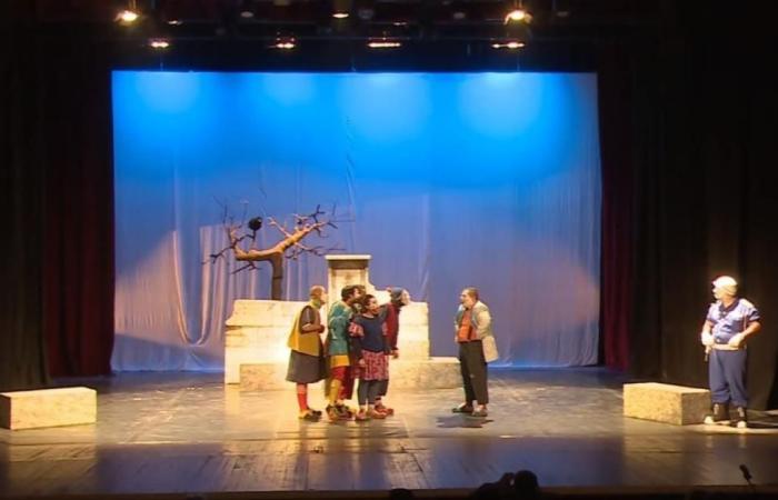 27 عرضا في مهرجان المسرح العربي بتونس