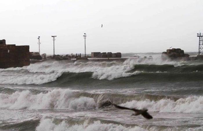 صيدا تستنفر لمواجهة تداعيات العاصفة