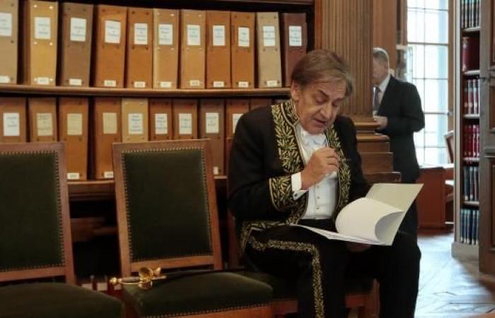 آلان فينكلكروت.. وجهان للمثقف في فرنسا