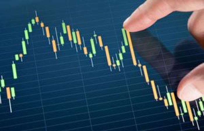 ارتفاع العملة الرقمية البيتكوين بنحو الاثنان بالمائة في أولى جلسات الأسبوع