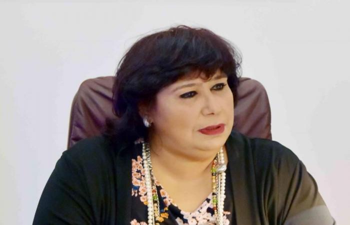 إيناس عبد الدايم.. أول امرأة تتولى وزارة الثقافة بمصر