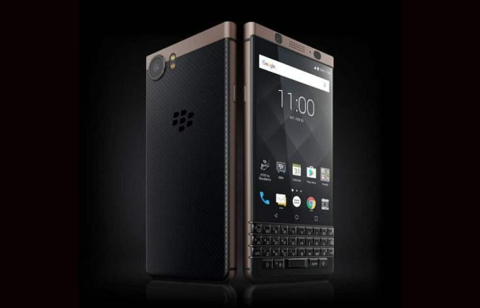 جهازين على الأقل من هواتف BlackBerry Mobile الذكية والجديدة في عام 2018