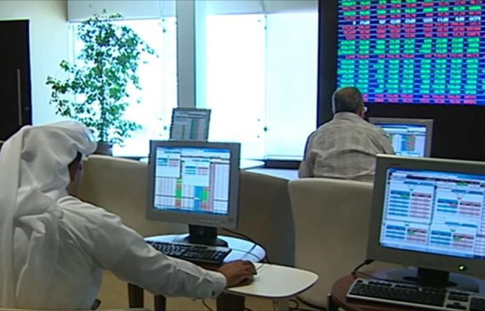 قطاعا البنوك والصناعة يقودان بورصة قطر للصعود