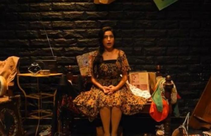 """""""مسودة"""": مسرحة الحكاية الشخصية"""