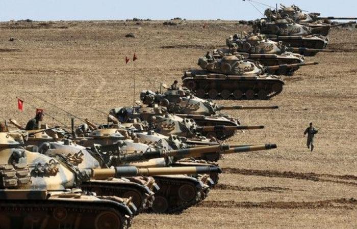 رئيسا أركان واستخبارات تركيا في روسيا لبحث الوضع بسوريا