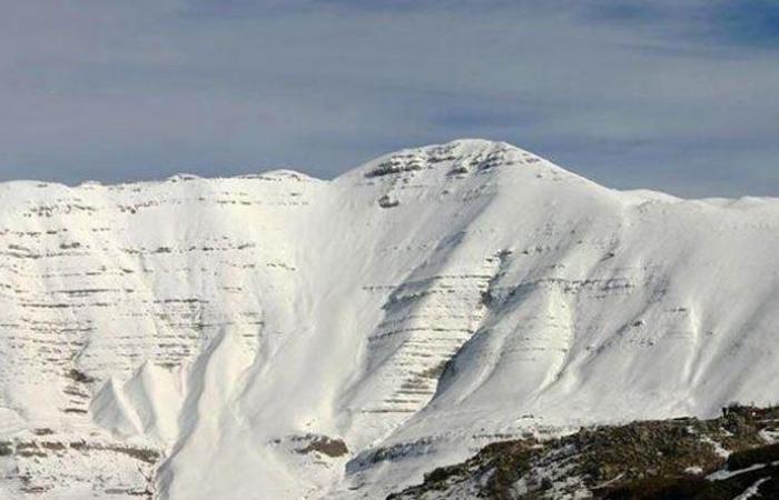 انقاذ 8 مواطنين حاصرتهم الثلوج في أعالي صنين