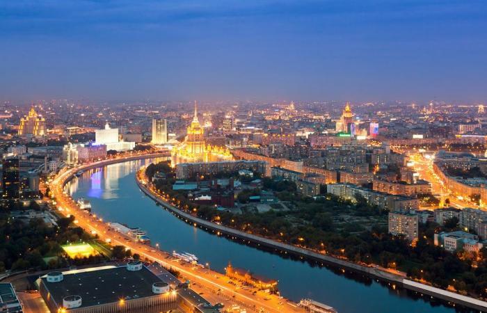 """موسكو تحظر فيلما """"يسخر من التاريخ الروسي"""""""