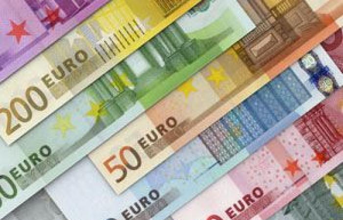 اليورو يوسع مكاسبه لأعلى مستوى فى 3 سنوات قبيل اجتماع المركزي الأوروبي