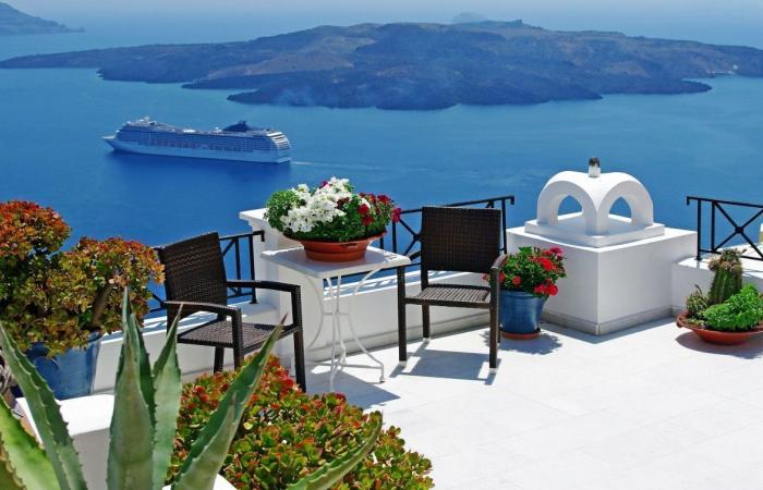 أرقام إنفاق السيّاح في تركيا كبيرة.. وعربي دفع 153 ألف دولار مقابل شيء واحد!