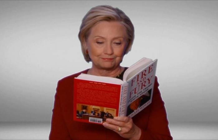 "كلينتون تقرأ كتاب ""نار وغضب"" بحفل جوائز غرامي"