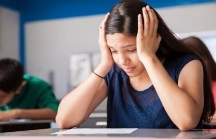 كيف تخفف عن طفلك توتر الامتحانات؟