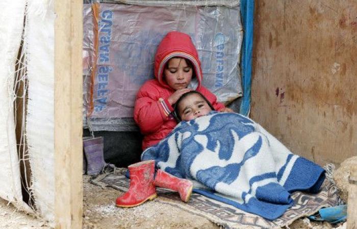 منظمات إنسانية تحذر من إجبار اللاجئين على العودة لسوريا