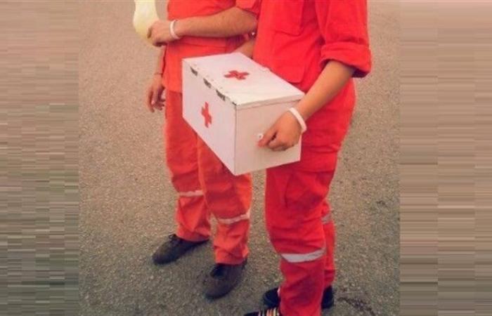 """الصليب الأحمر يحذّر من """"منتحلي الصفة"""" لجمع التبرعات"""