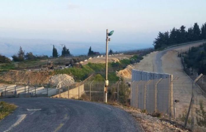 """""""رويترز"""" عن مسؤول لبناني: ساترفيلد أكد أن إسرائيل لا تسعى للتصعيد بمسألة الجدار"""