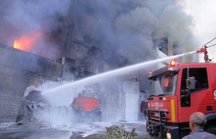 حريق هائل داخل منزل في البرامية- صيدا