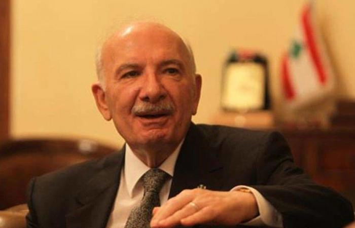 """حسين الحسيني: الطائف تحدث عن مقاومة شاملة وليس عن """"حزب الله"""""""