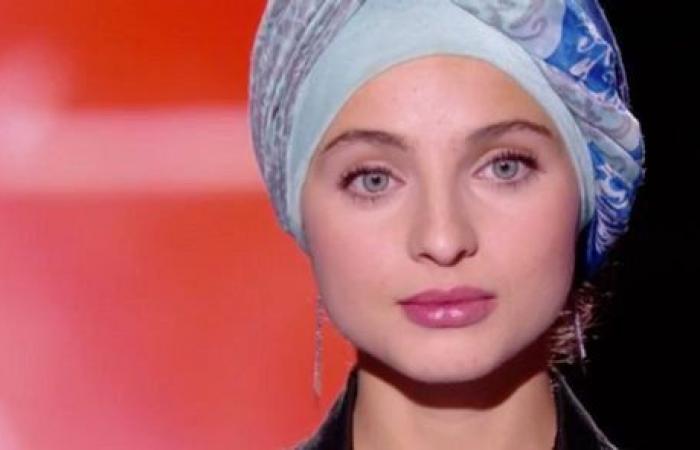 بالفيديو: تغريدات المتسابقة السورية سنة 2016 جعلتها تترك The Voice الفرنسي!