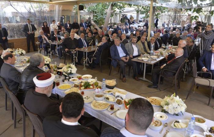 المشنوق: للمشاركة بكثافة في الانتخابات النيابية المقبلة